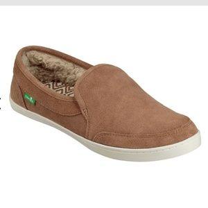 Sanuk Pair o Dice Chill shoe new w/tag